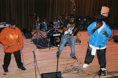 US Beer Co. in Chicago Il performance, by Oblivious mob aka Johnny Kilroy on OurStage