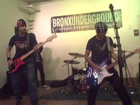 Don't Leave Me (blink-182 cover), by Bridge The Border on OurStage