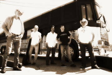 Northern Country, by Tommy Steele: Steele Canyon Band on OurStage