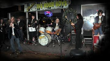 Ziggy Stardust, by Charlie and The Poor Boys on OurStage