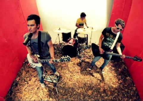 Soy tu Sueño, by TRES KLAVOS on OurStage