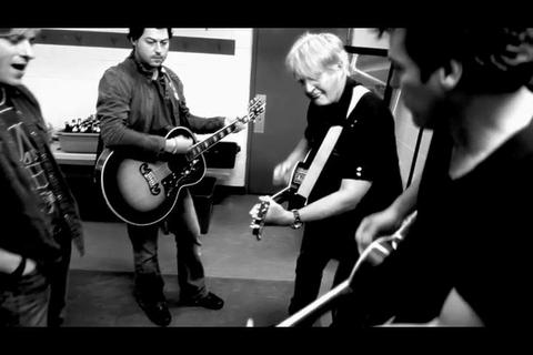 Tom Cochrane jamming with Andrew Cole: Citzen Cain, by Andrew Cole on OurStage