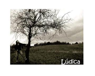 Como agua entre mis manos, by Ludica on OurStage