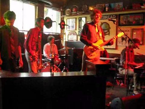 """Autumn"" live at the Black Dog, by Flying Fox and the Hunter/Gatherers on OurStage"