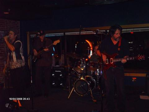 Libby's Theme, by Fran Dagostino Band on OurStage