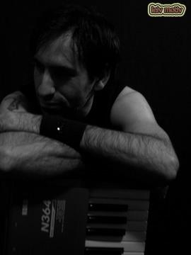 Entre tus brazos (2012), by Leiv Motiv on OurStage