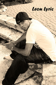 Money on da flo, by Leon L on OurStage