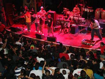 Mundo Ilogico, by Raskahuele on OurStage